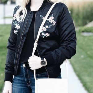 Embroidered Bomber Jacket 🌸 Size Small